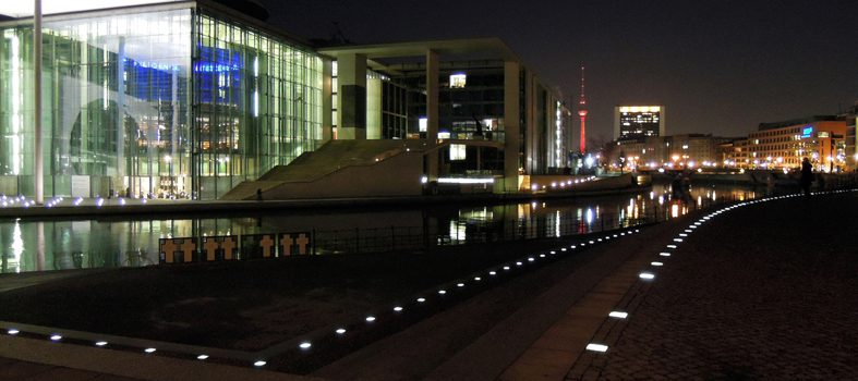 art place berlin - exhibition: Berlin Impressions II - Photography - government district 1